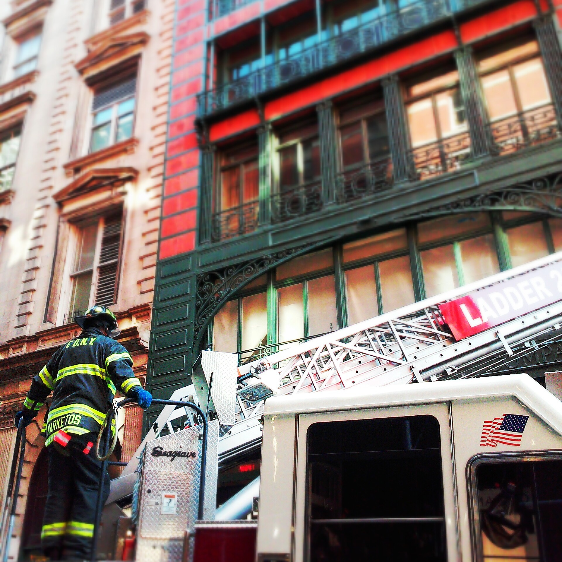 Fire-Fighter-responds-in-SoHo-wbc.jpg