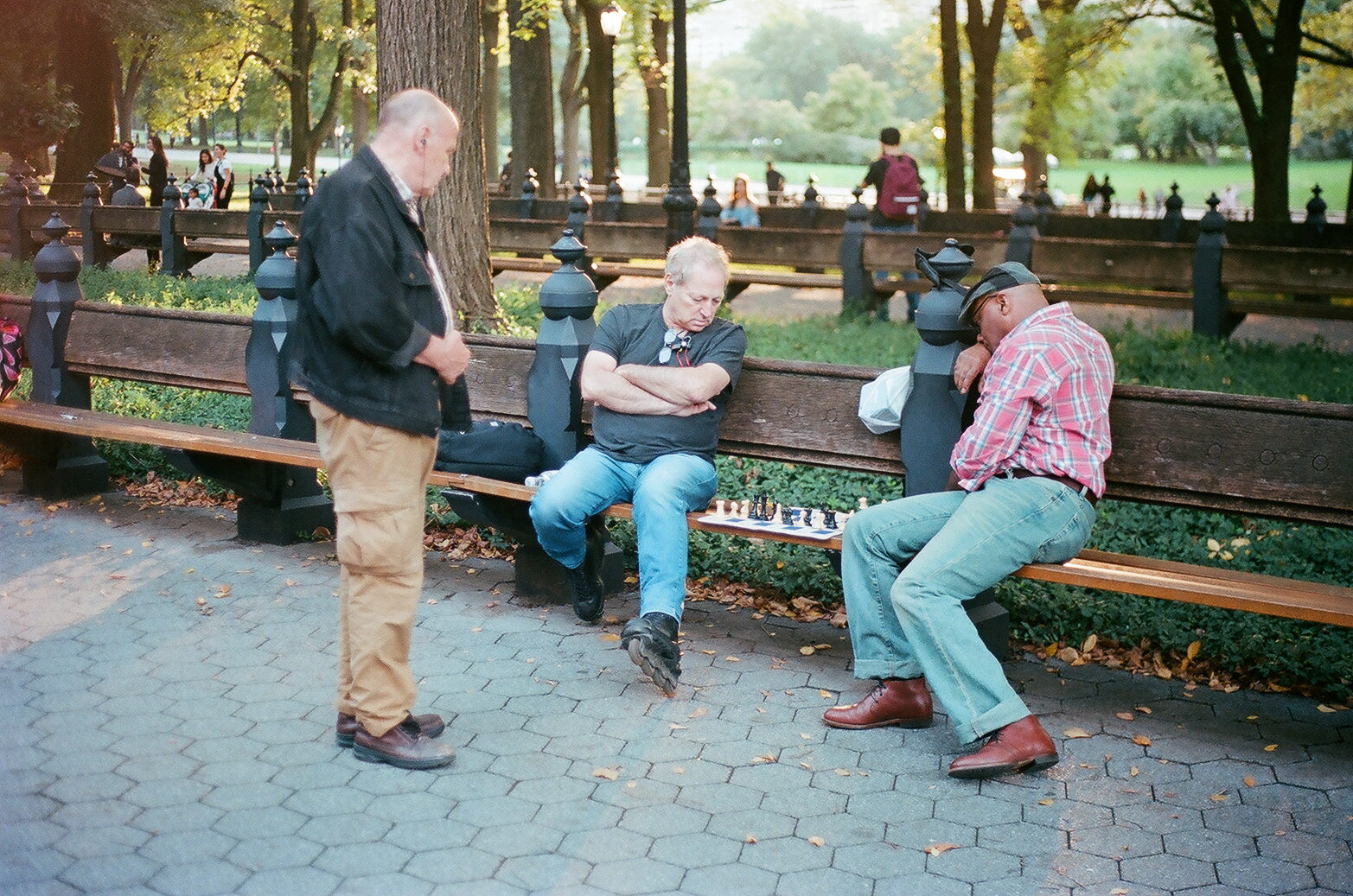 Chess Game with Spectator, The Mall, Central Park_Film Photography_NYC_Joe Curry Photography_2018.jpg