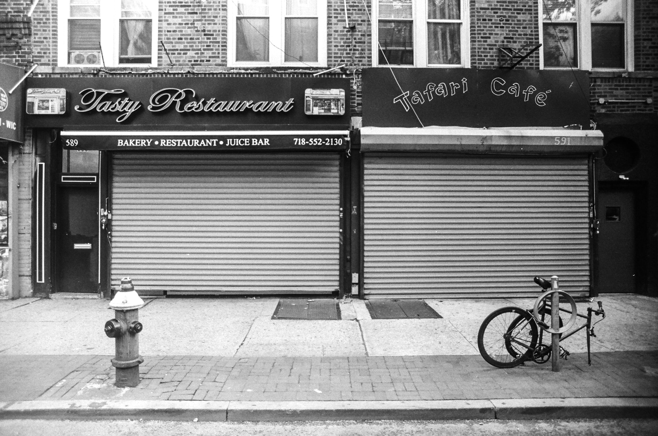 Closed Business and Broken Bike, Flatbush, Brooklyn_Film Photography_NYC_Joe Curry Photography_2018.jpg