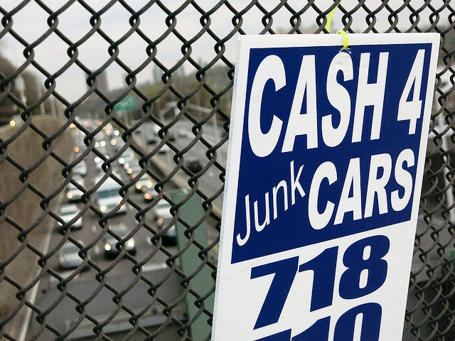 Cash 4 Junk Cars Sign