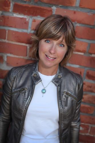 Carrie Pearson headshot websize.jpg
