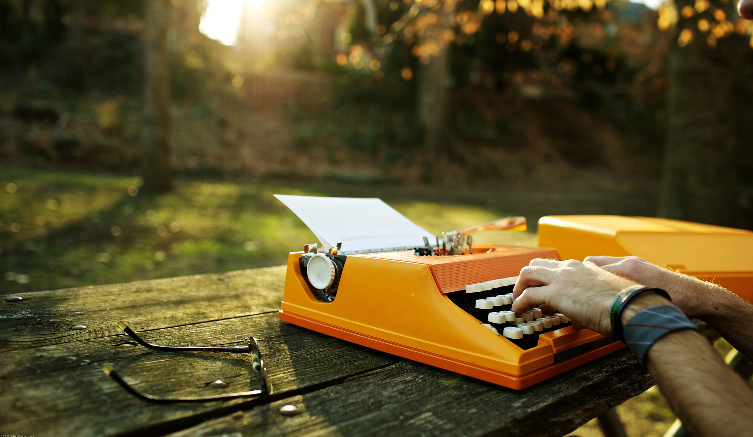 Orange-typewriter.jpg