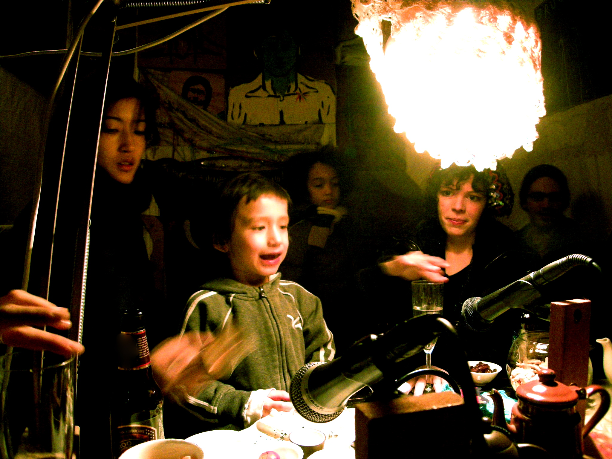 Singing and sound making in the Musical Tea House for the Universe