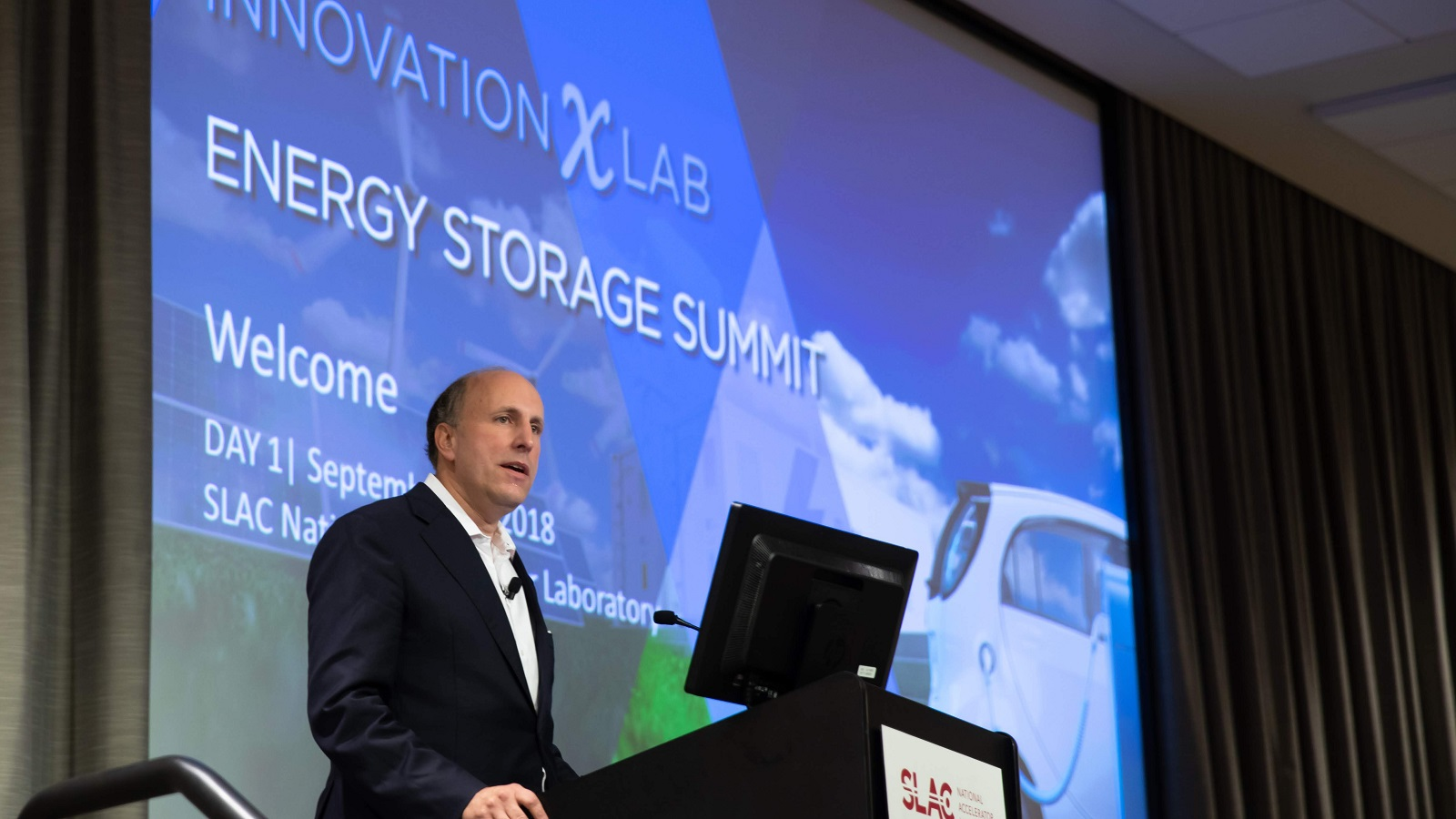DOE Under Secretary for Science Paul Dabbar announced the renewal of the Joint Center for Energy Storage Research at the InnovationXLab Energy Storage Summit this morning. ( Image  by SLAC National Accelerator Laboratory.)