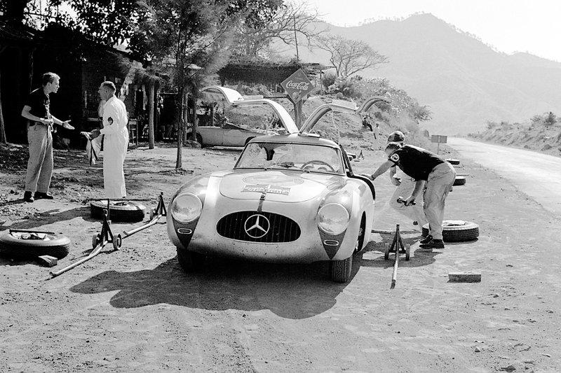 Karl Kling Mercedes 300SL at Carrera Panamericana in 1952