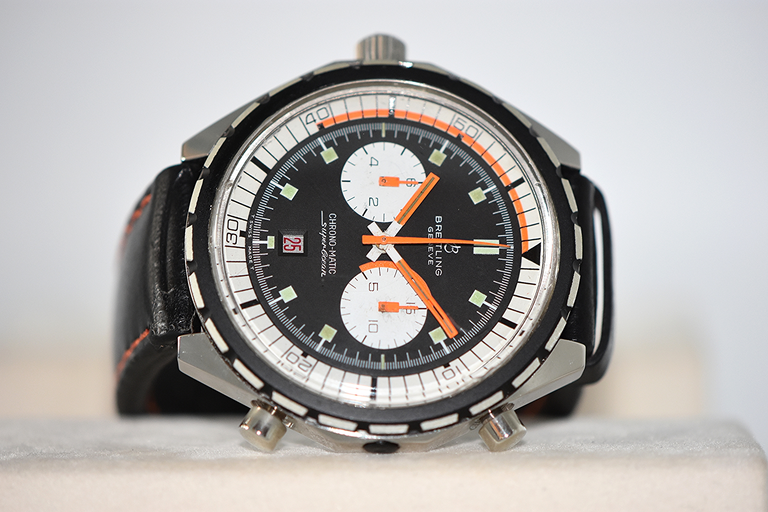 Breitling Chrono-matic Superocean Ref. 2105   SOLD
