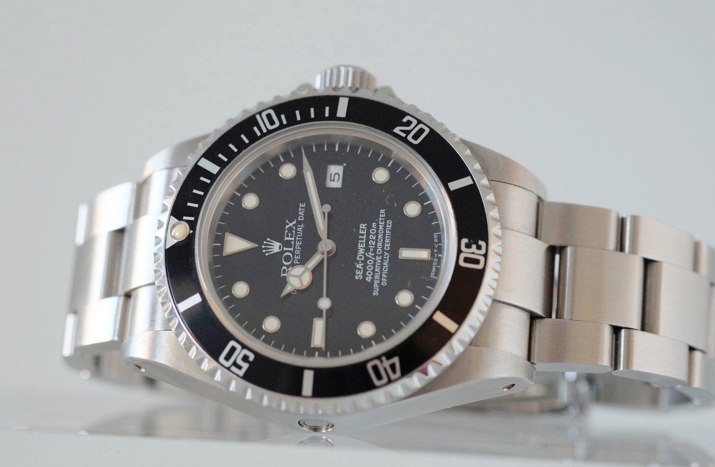 Rolex Sea Dweller Ref 16600   Sold