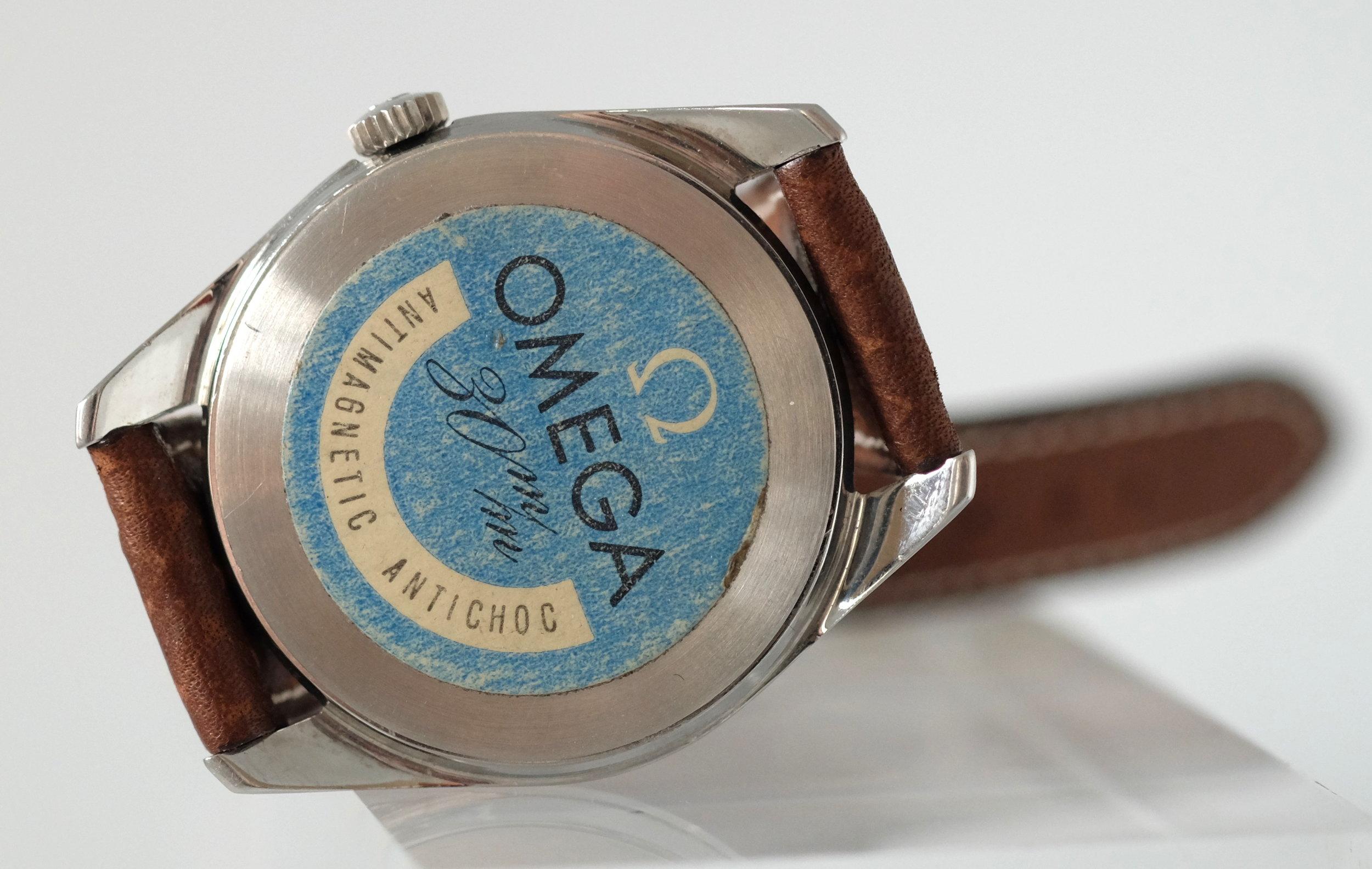 omega-ranchero-back-sticker