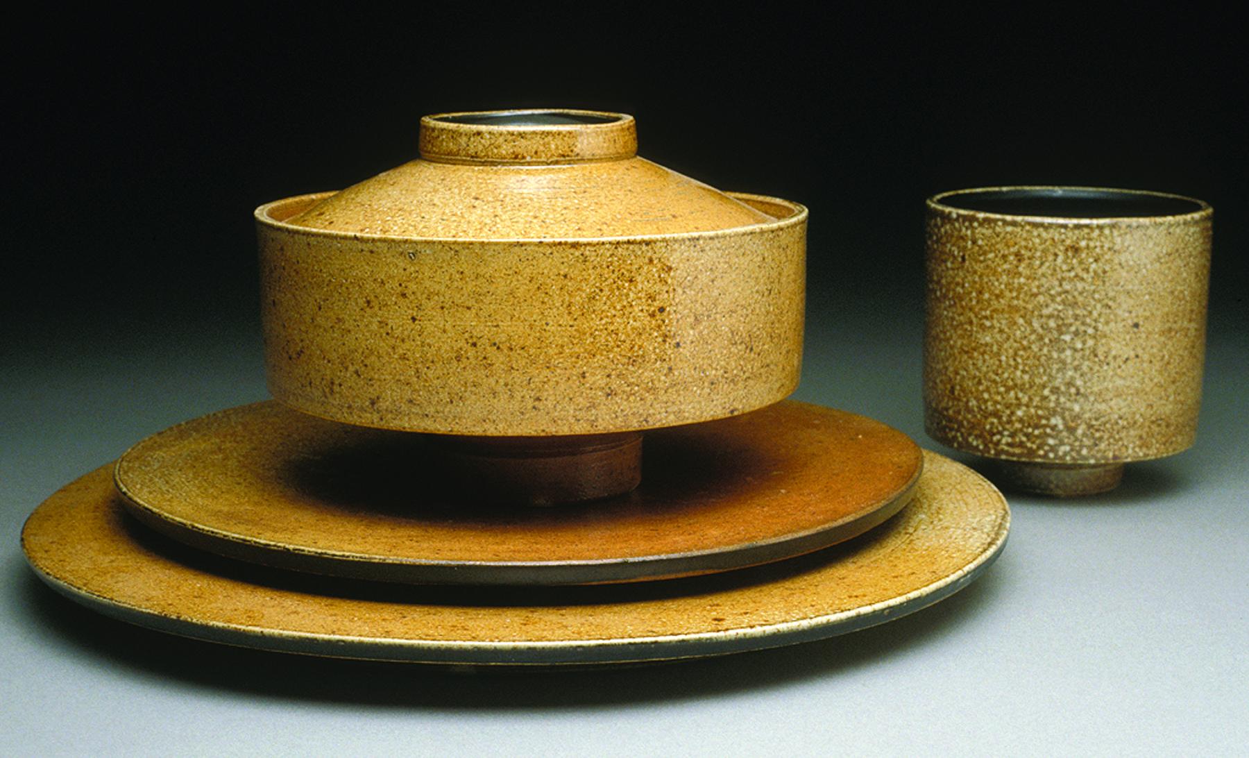 student dinnerware set.jpg