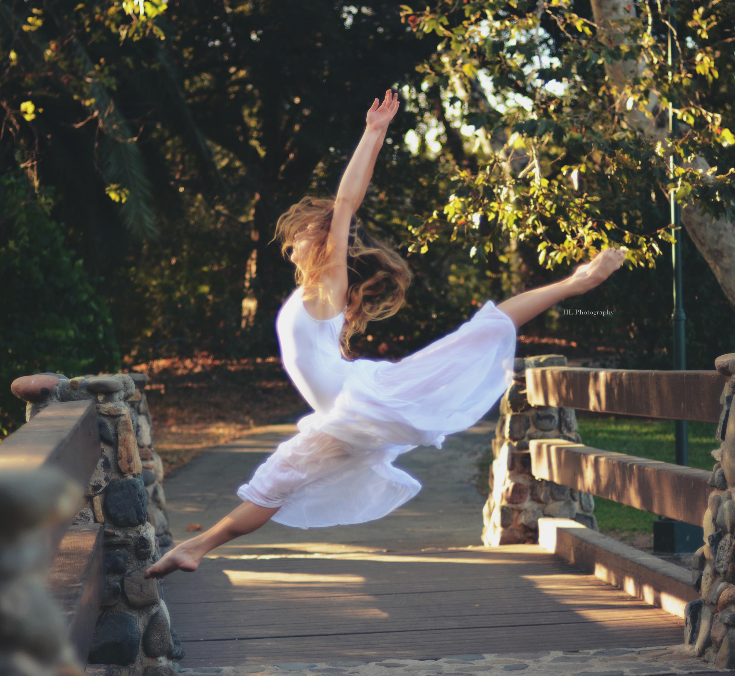 Jewel, 15. senior company ballerina@ Maple Youth Ballet, California. Photo credit: Hannah Levin