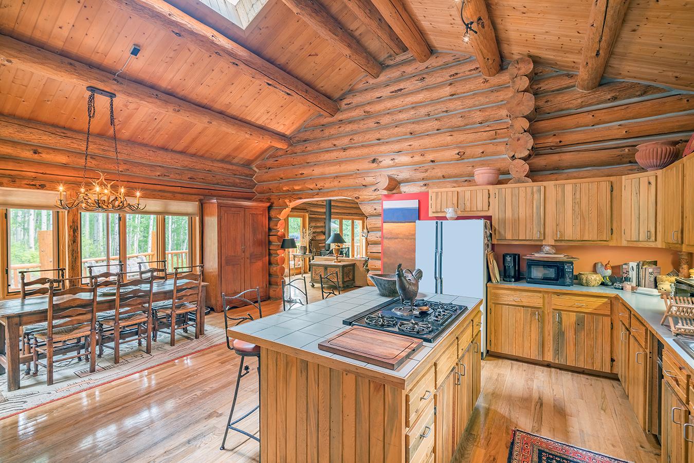 220 Elk Wallow kitchen DR.jpg