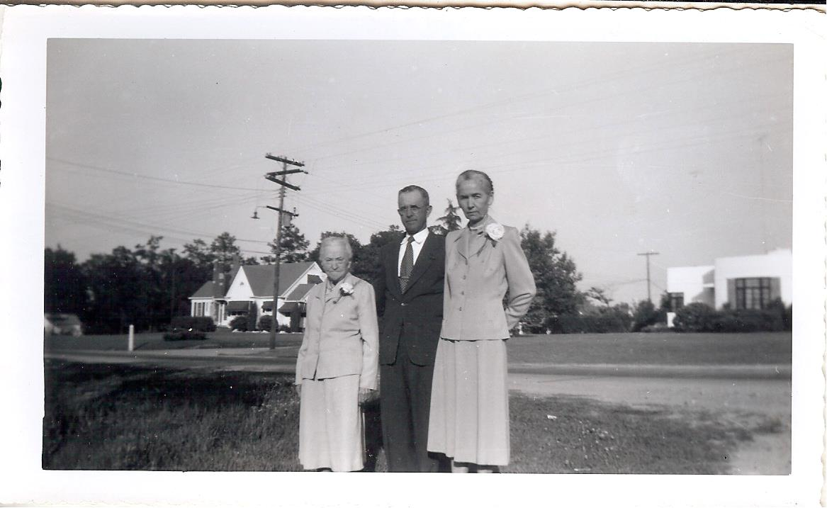 Williams House Photo 1953.jpg