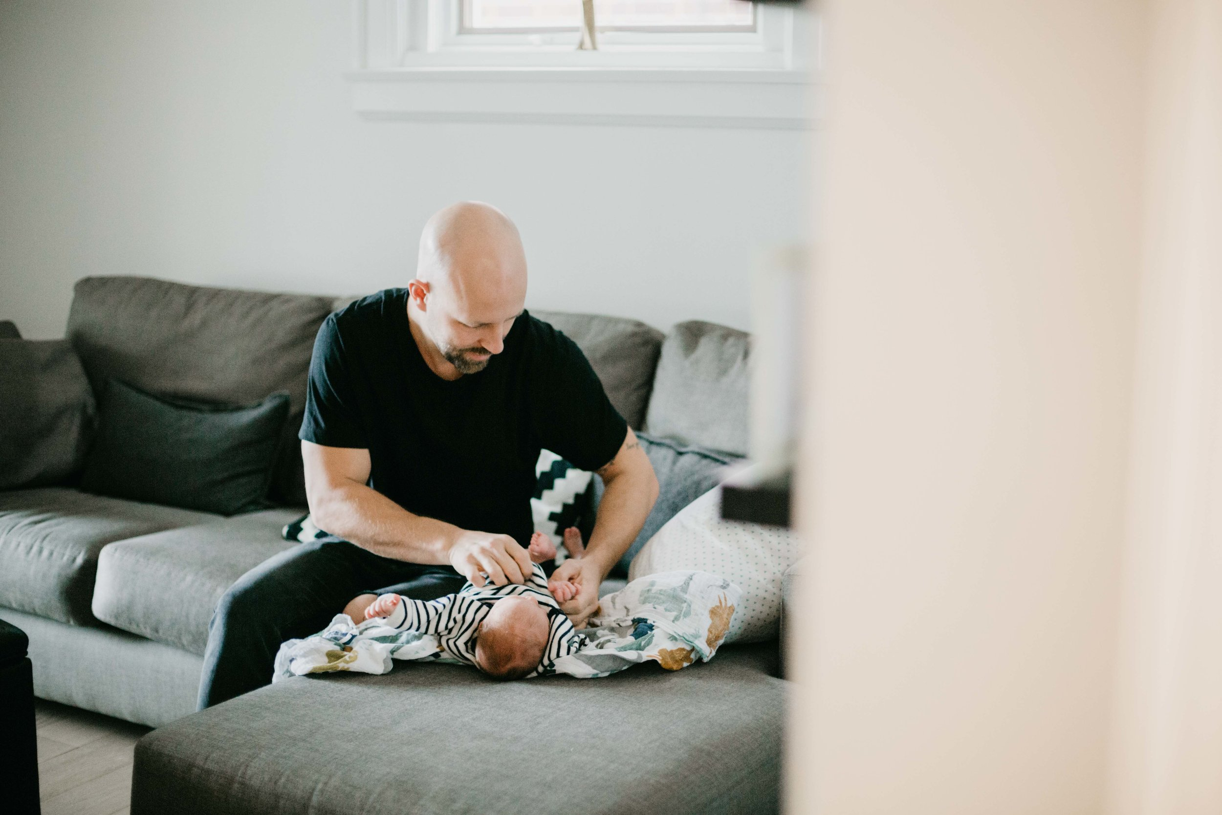 Toronto Newborn Family Photographer-2.jpg