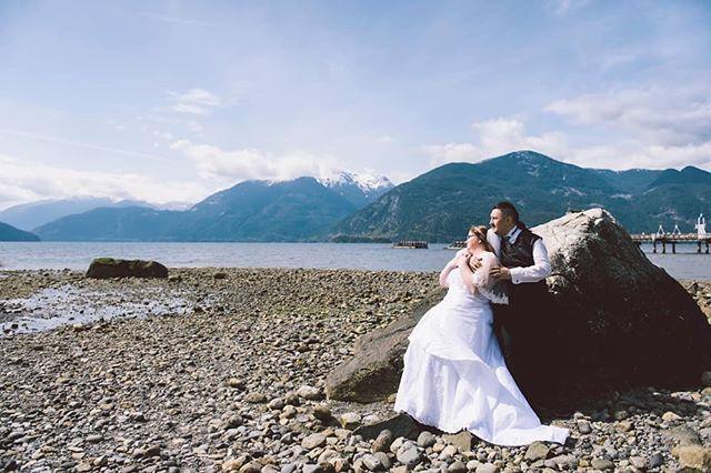 Beautiful Squamish Wedding ❤ #weddingphotography #squamish #vancouverweddingphotographer #eventphotography