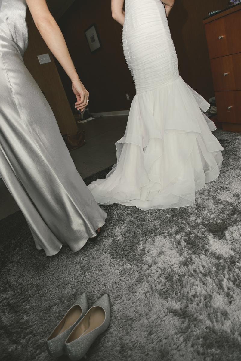 WeddingR&V52WEB.jpg