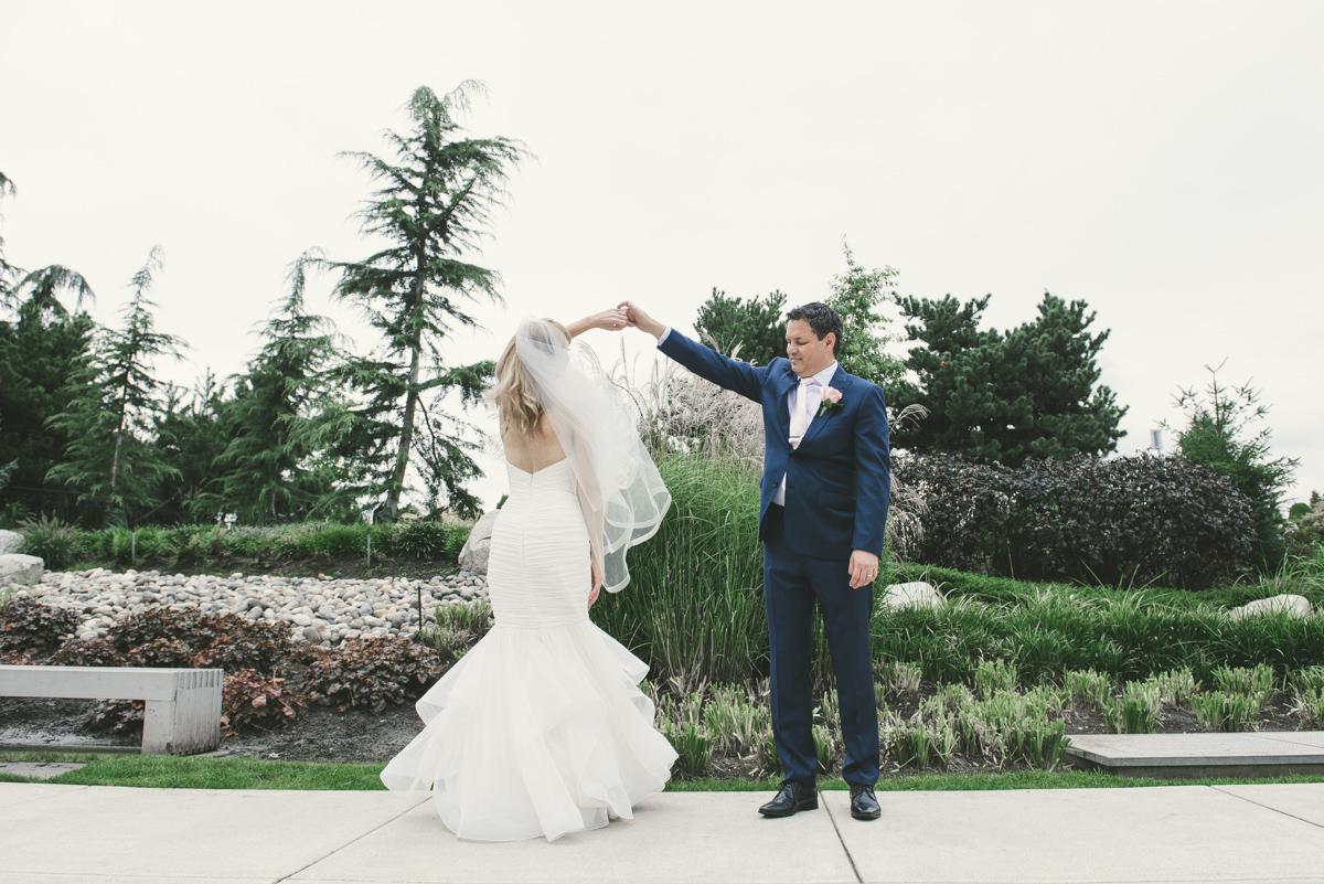 WeddingR&V213WEB.jpg