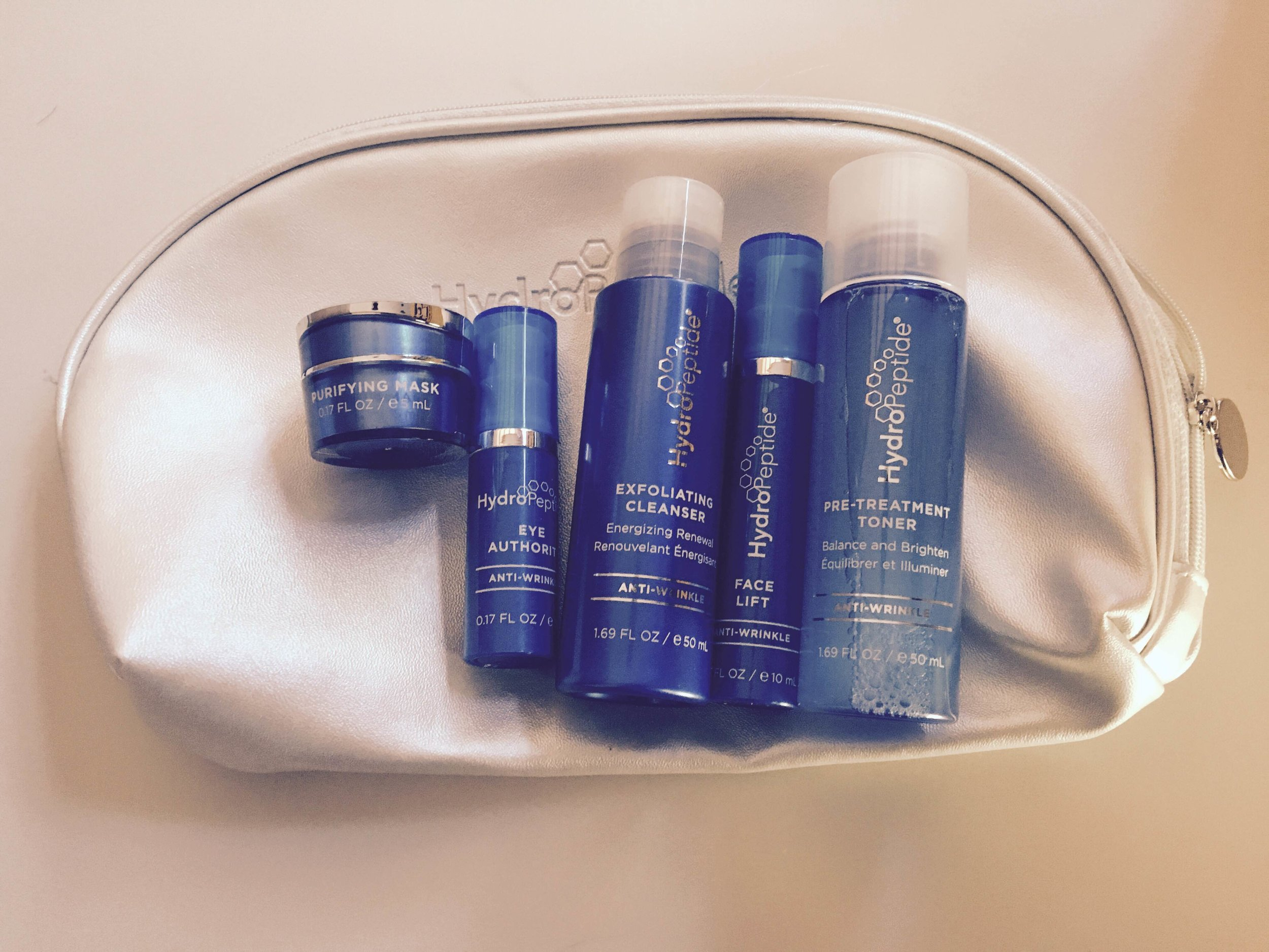 This anti-age on-the-go skincare regimen is going to be the perfect companion on my honeymoon to Santorini, Greece! Love the products and the way they make my skin feel.