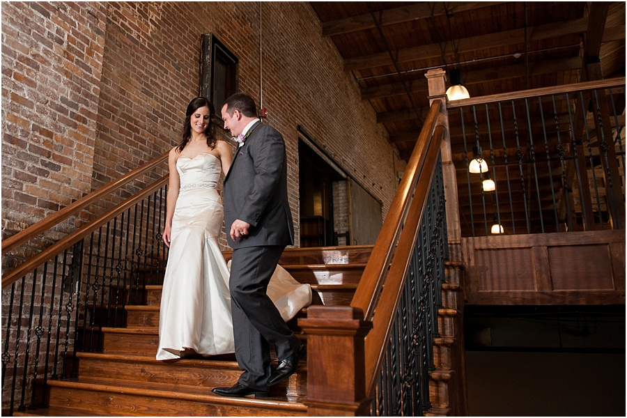 biltwell-event-center-indianapolis-photographers-weddings_0590.jpg