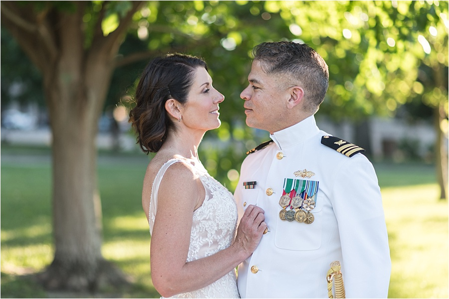 indiana-war-memorial-indianapolis-columbia-club-wedding-photographers_0756.jpg