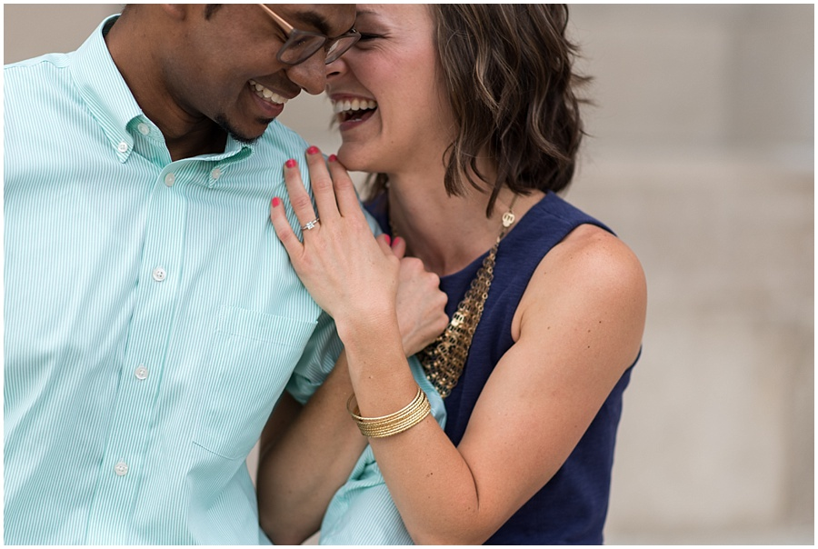 downtown-indianapolis-engagement-photographers_1153.jpg