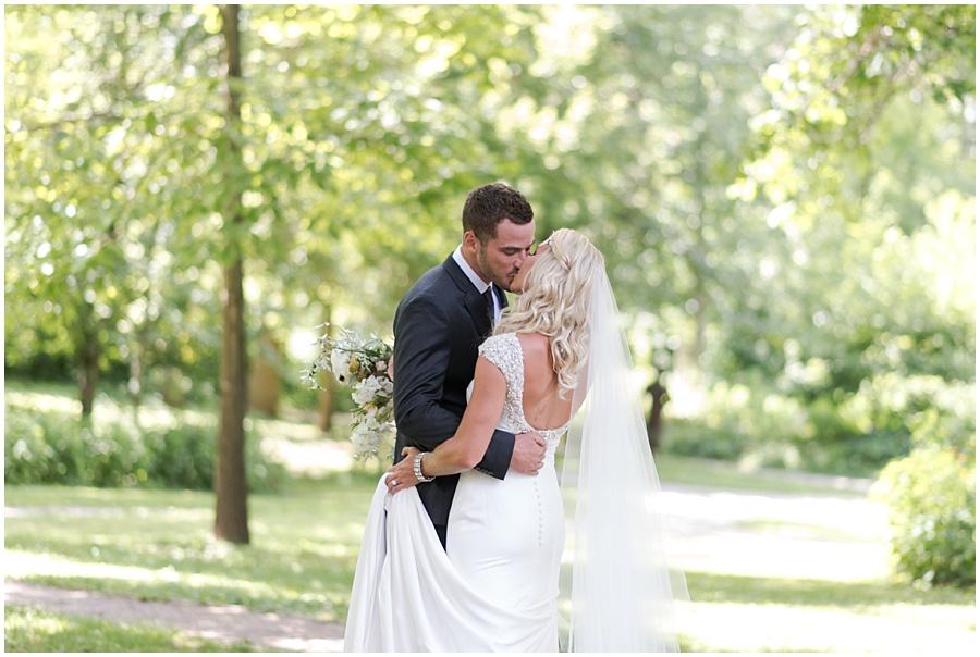 broad-ripple-indianapolis-wedding-photographers_1239.jpg