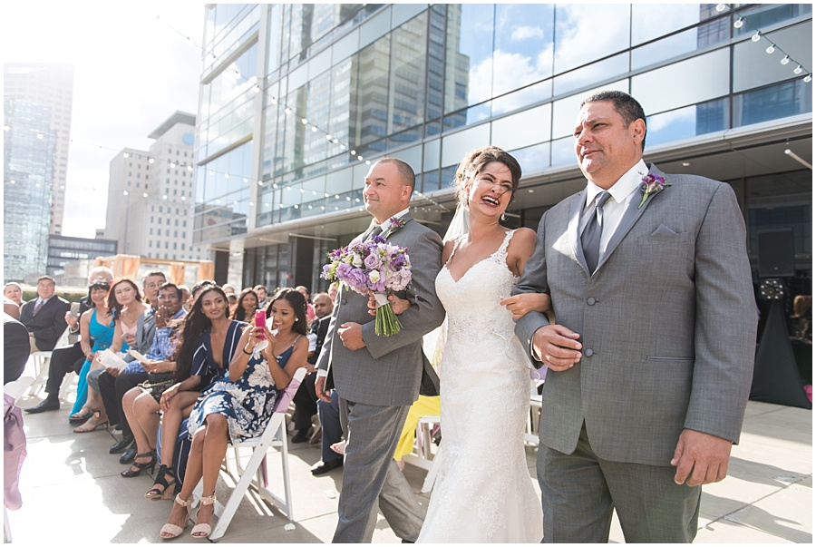 regions-tower-indianapolis-wedding-photographers_1422.jpg
