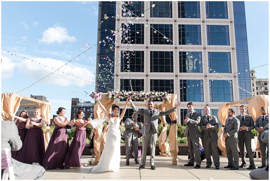regions-tower-indianapolis-wedding-photographers_1430.jpg