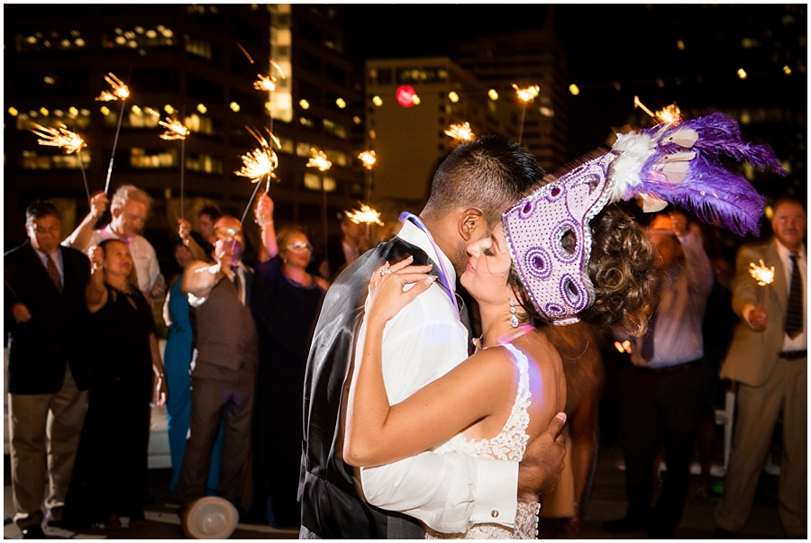 regions-tower-indianapolis-wedding-photographers_1469.jpg