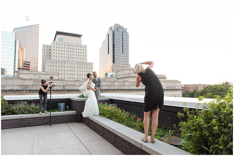 regions-tower-indianapolis-wedding-photographers_1451.jpg