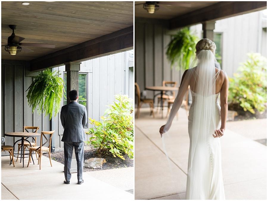 barn-at-bay-horse-wedding-indianapolis-photographers_3529.jpg