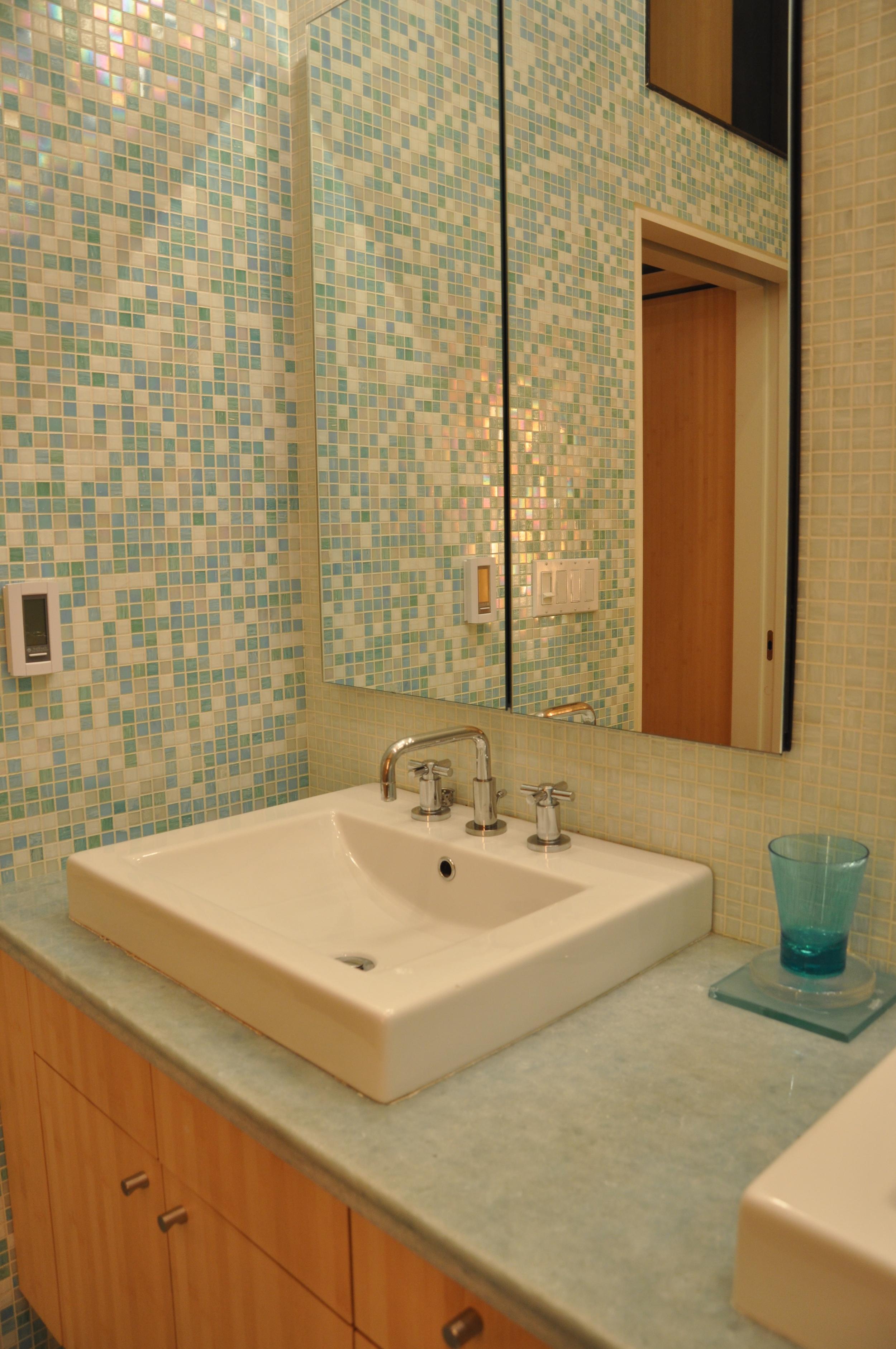 Good mstr Bath Vanity mirror.JPG
