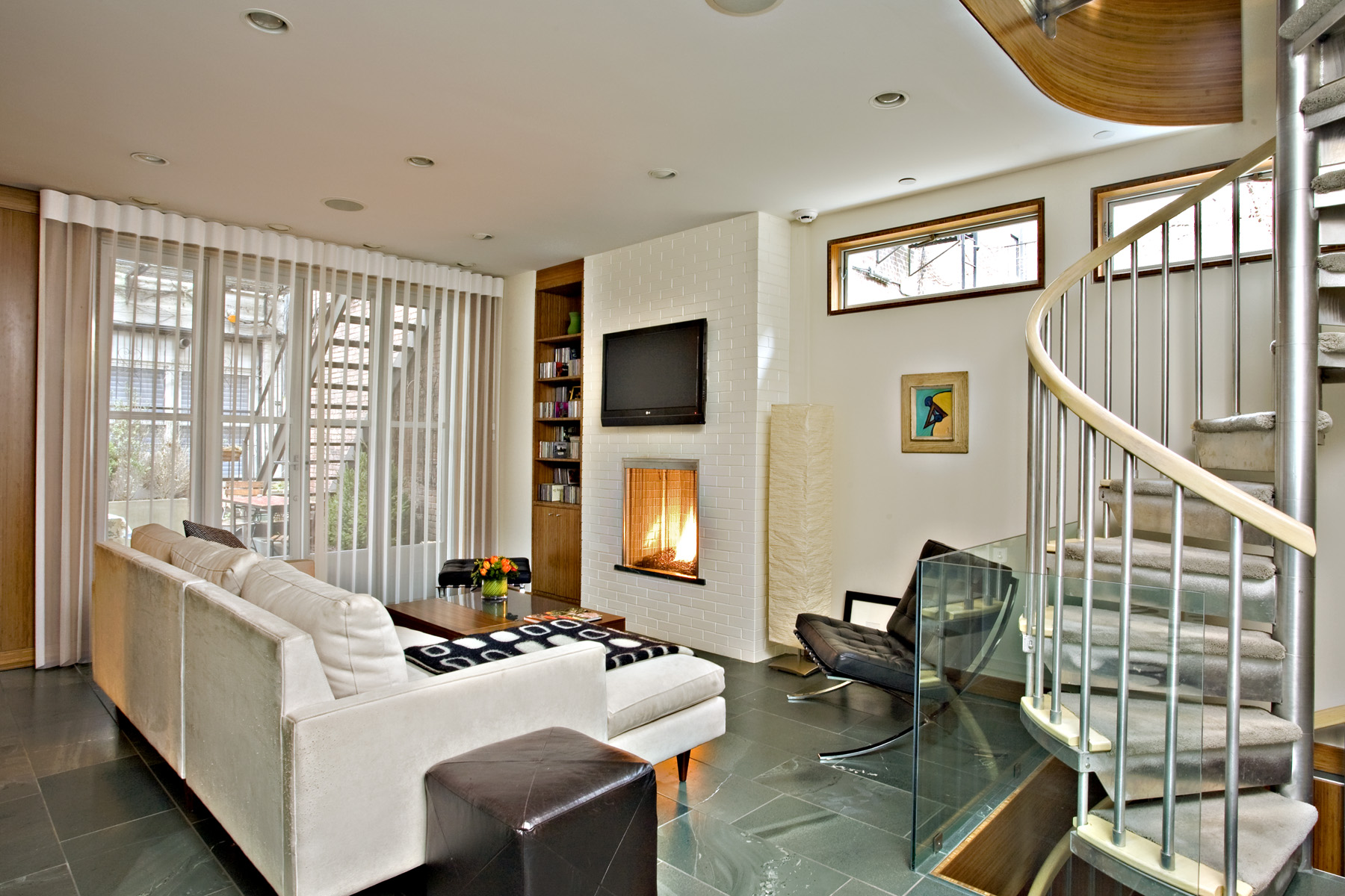 Living Room South.jpg