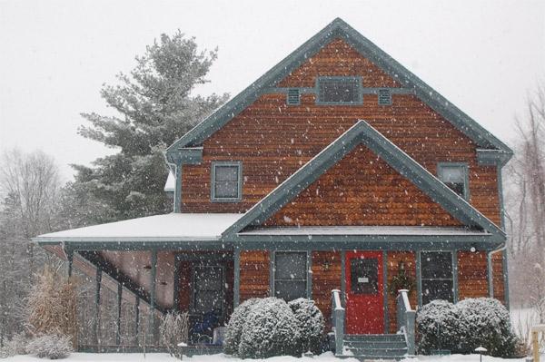 SPL photo in snow.JPG