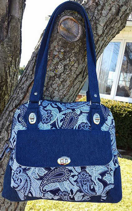 Bag and Photo by Dolores Ballas