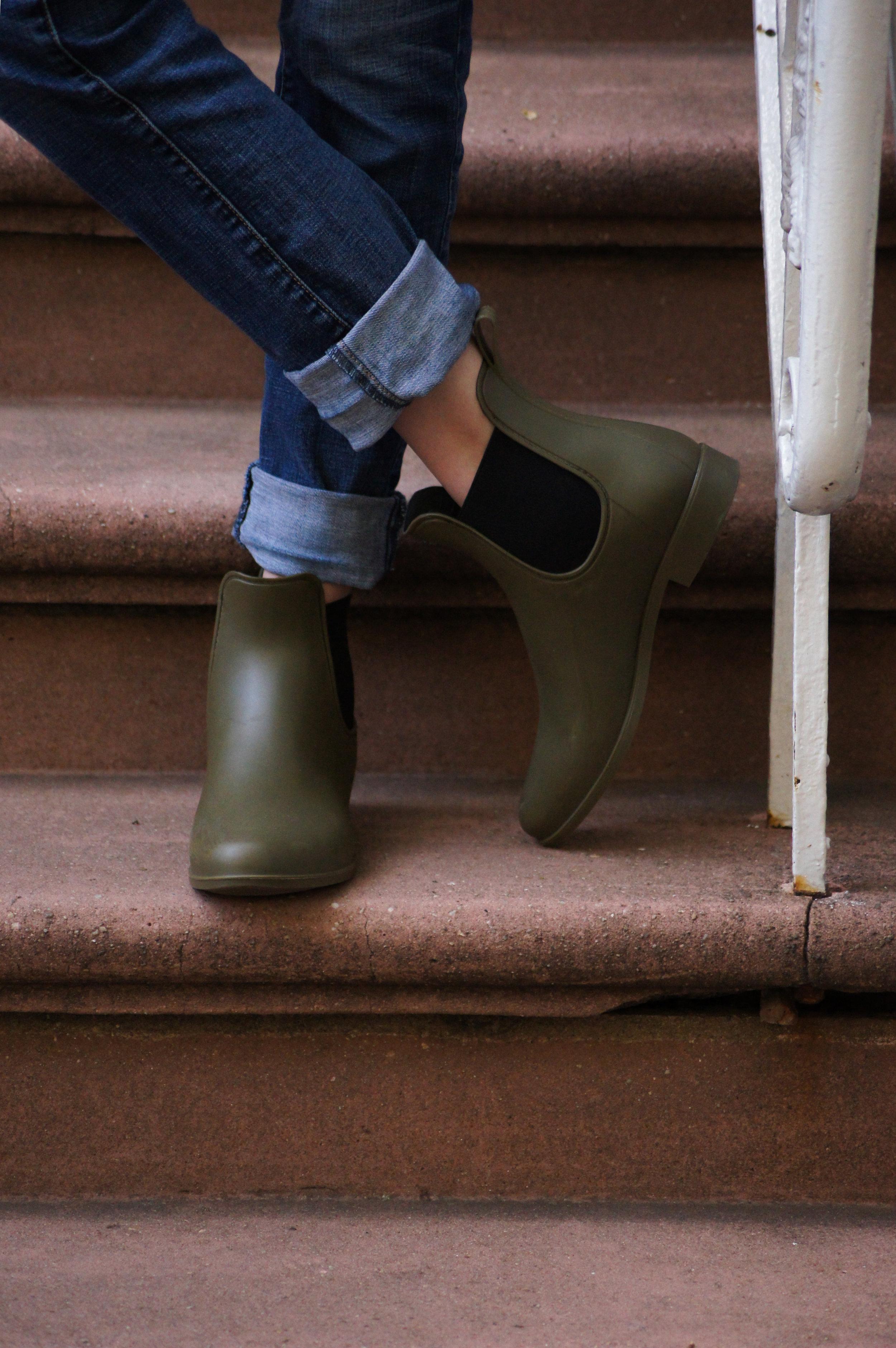 J.Crew matte olive green chelsea rain boots
