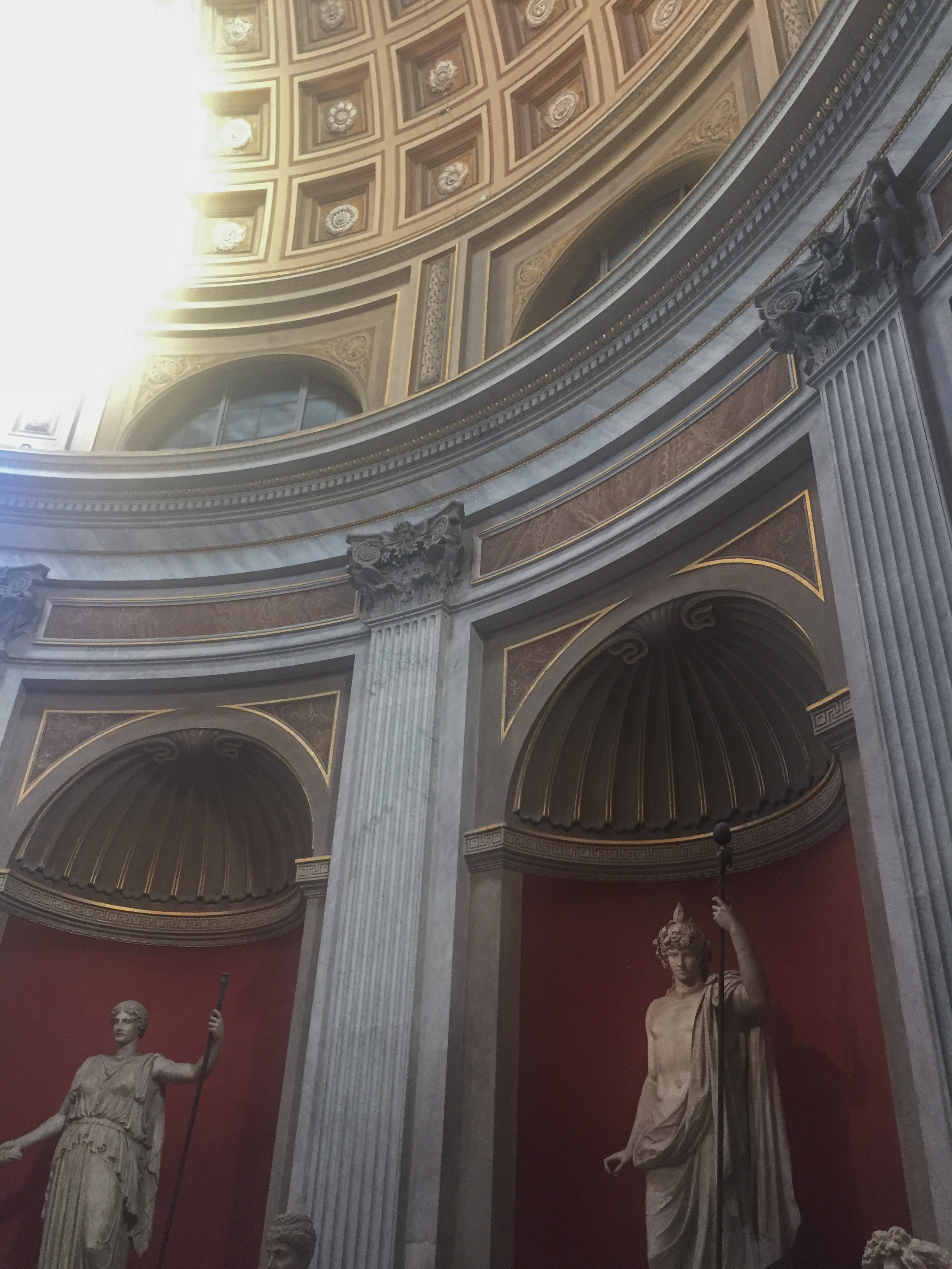Round Statue room in Vatican