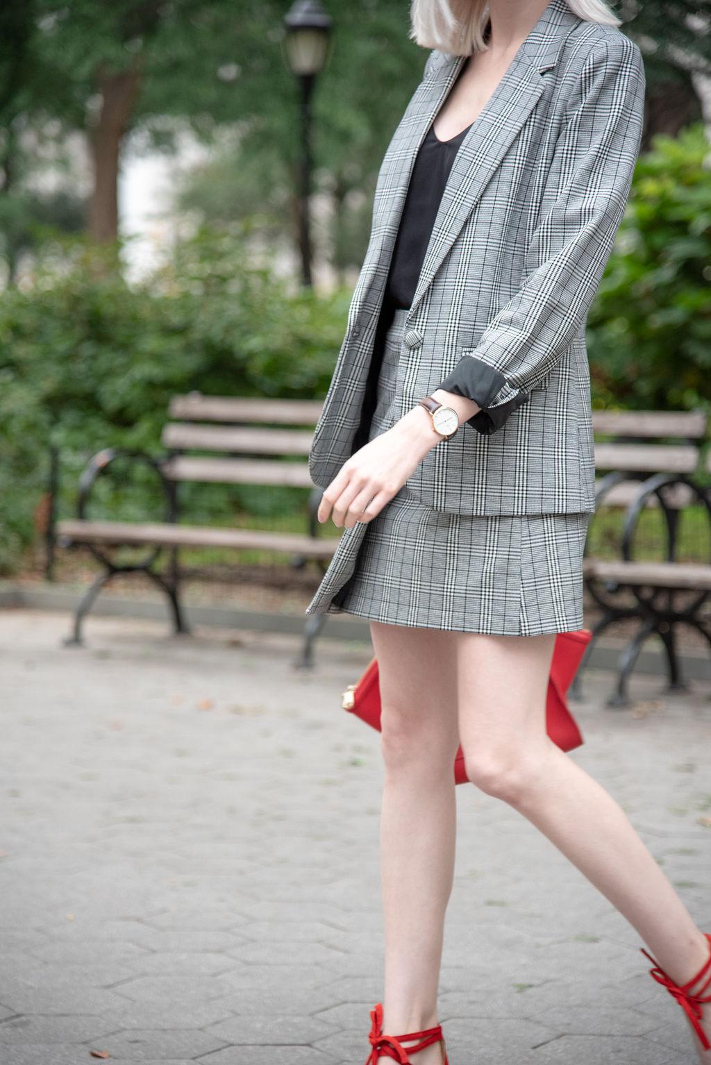 plaid suit, red beret, pantsuit outfit, jcrew outfit, fall style, new york city, daniel wellington
