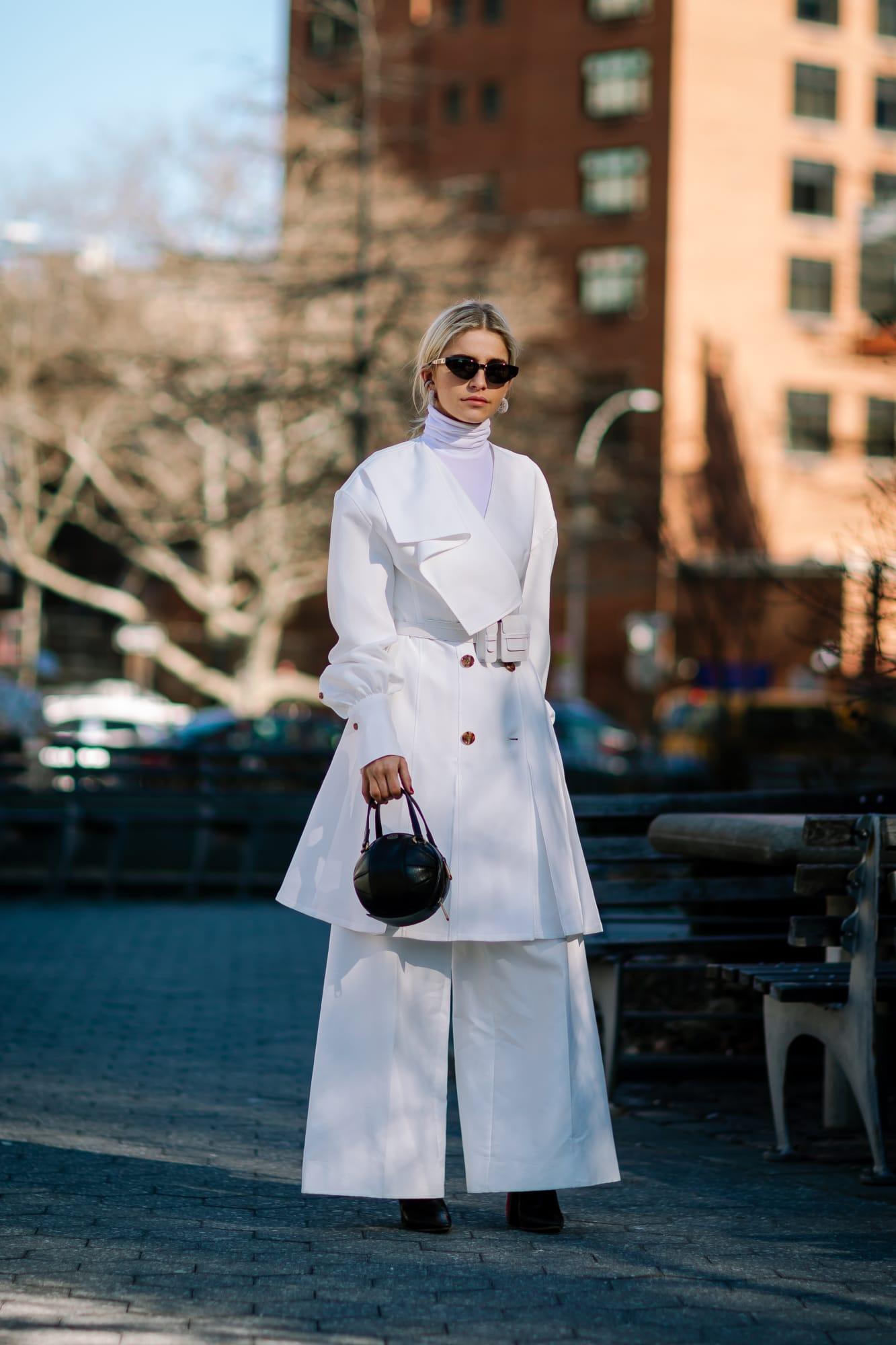 new-york-fashion-week-street-style-fall-2019-day-3-16.jpg