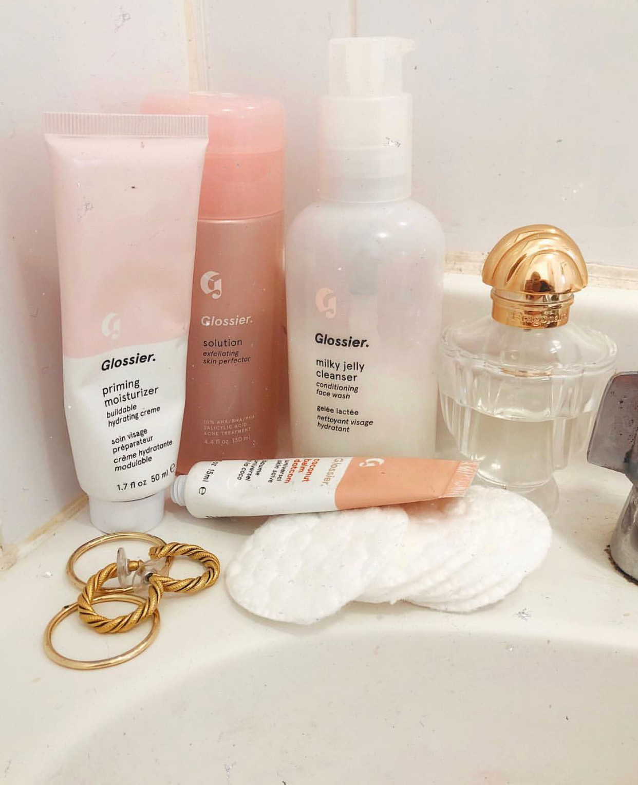 the ultimate guide to glossier, reviews of all glossier products