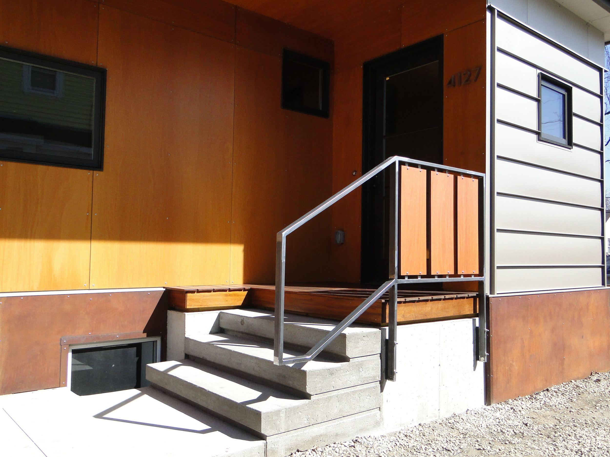 Abbott-ext stairs3.jpg