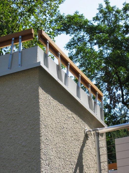 roof top deck rails.jpg