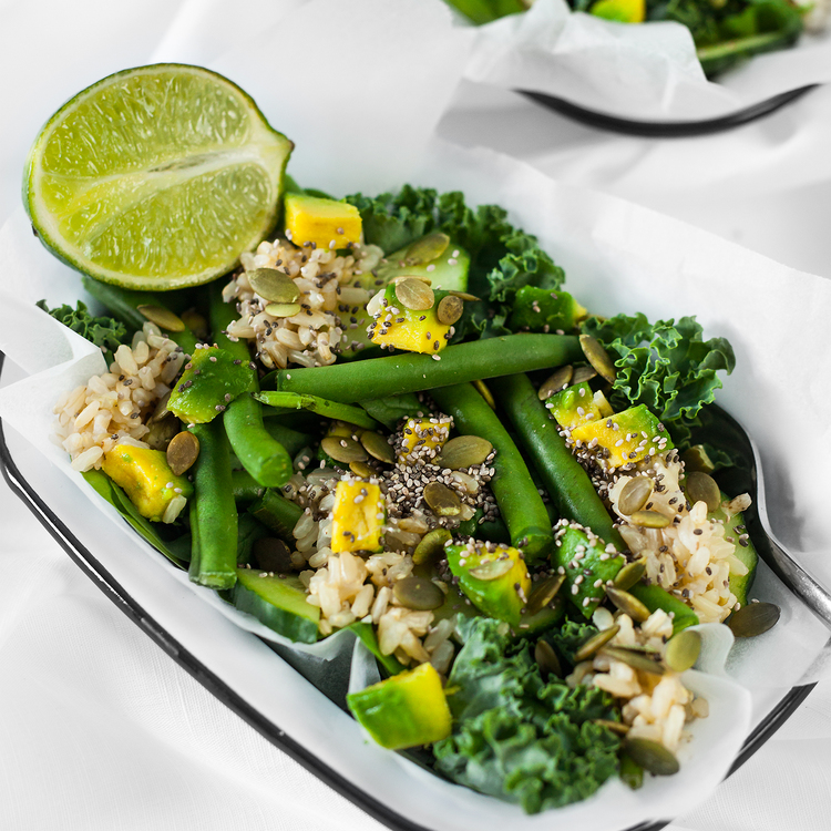 Superfood Snack Salad