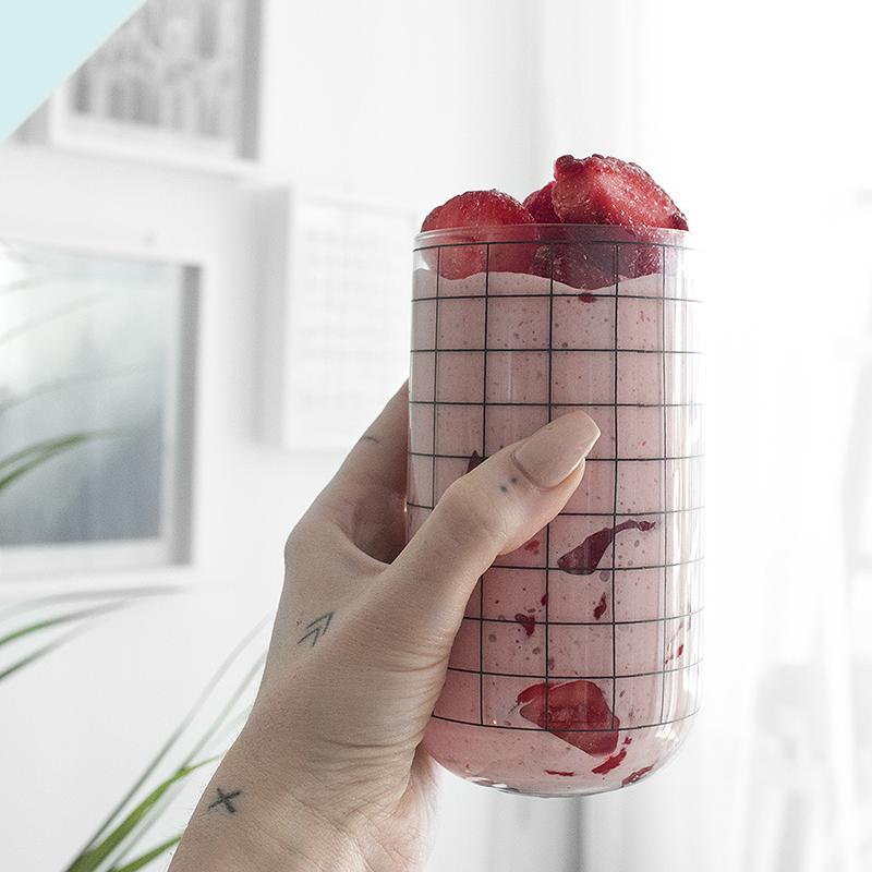 ERL12- strawb smoothie.jpg