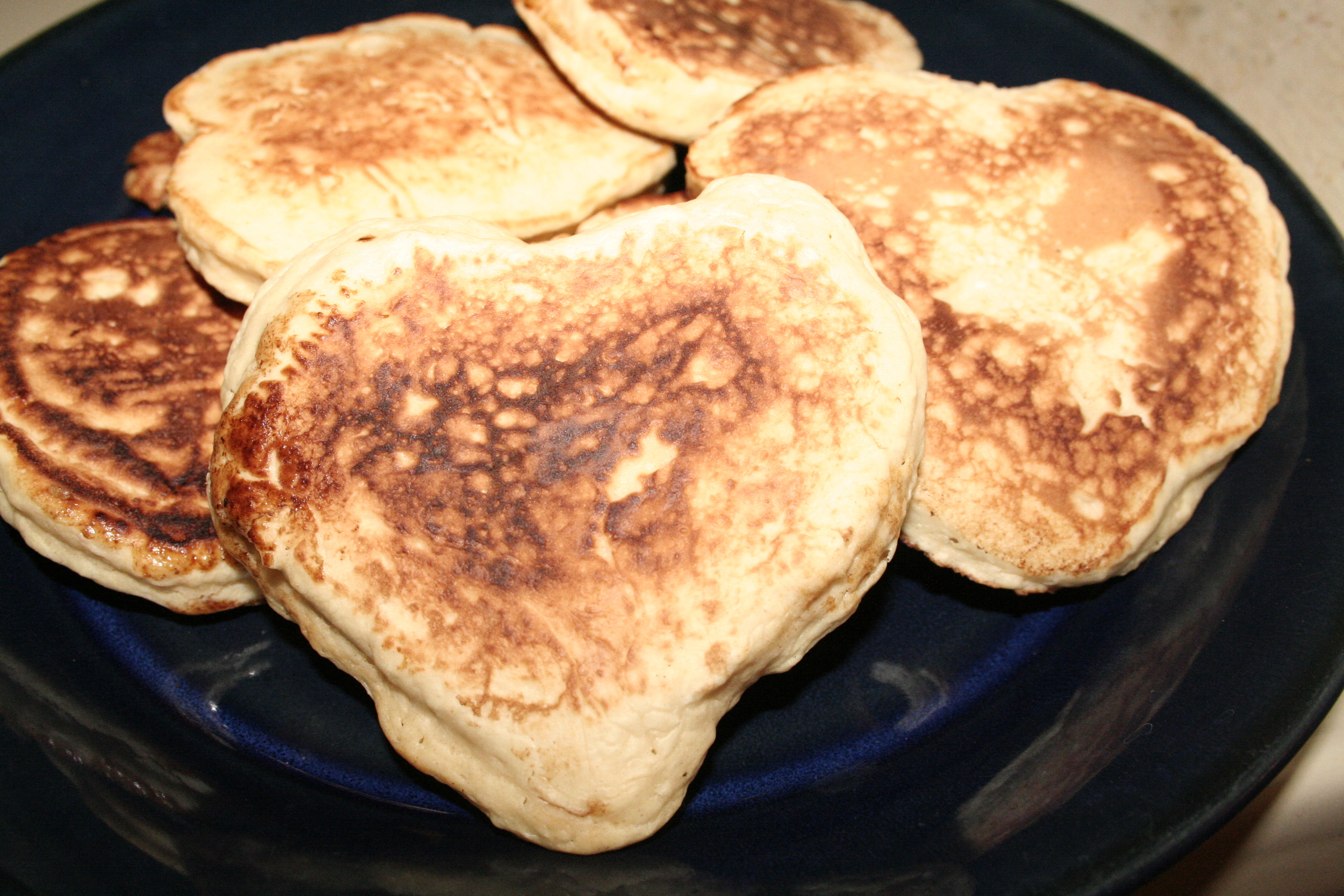 25: For Valentine's Day, I made Mr. LL some pancakes. I tried to make them heartshape, but gave up.