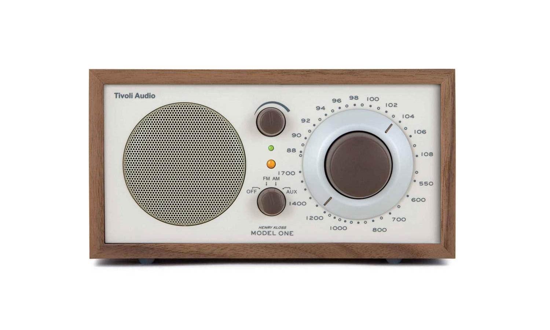 bureau-des-recommandations-radio-tivoli-model-one-front.jpg