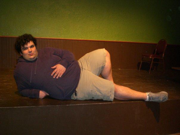 Ian Karmel comedy cargo shorts.jpg