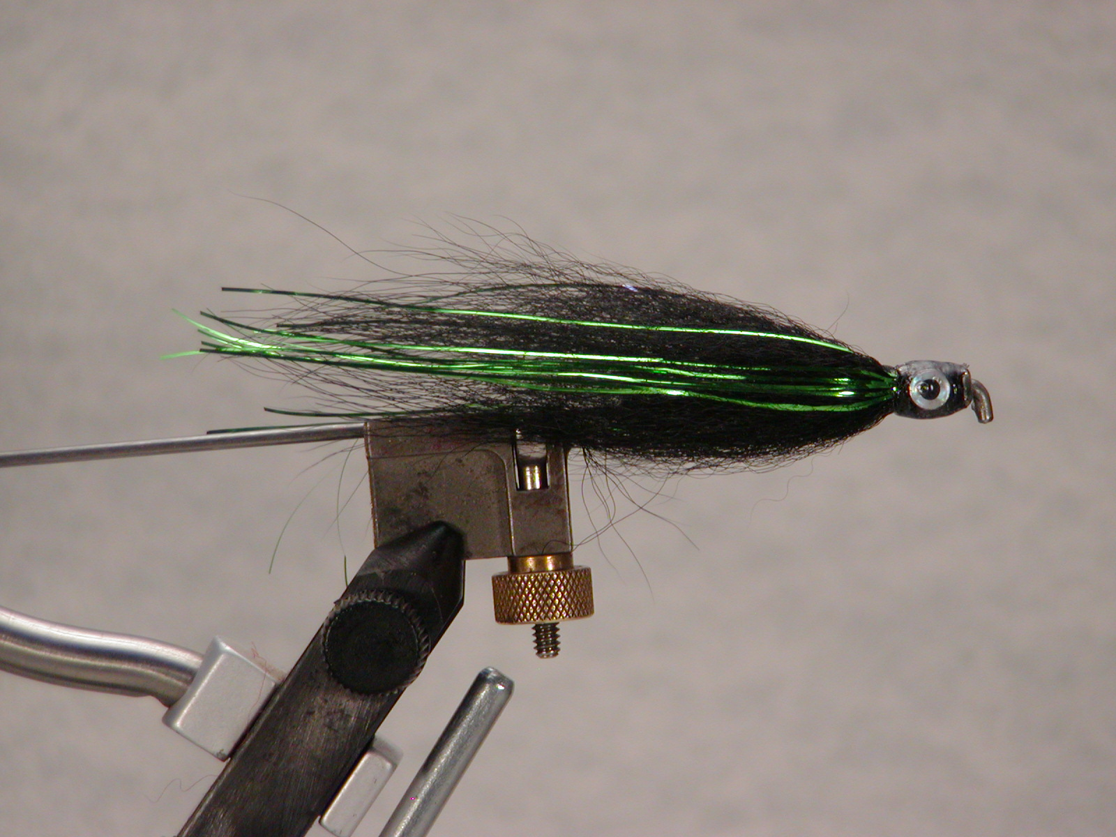Tube fly black/green flash