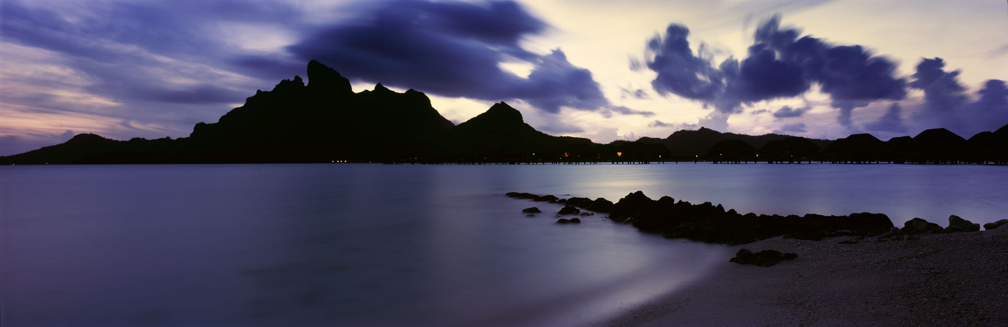 Mt. Otemanu at dusk : Bora Bora