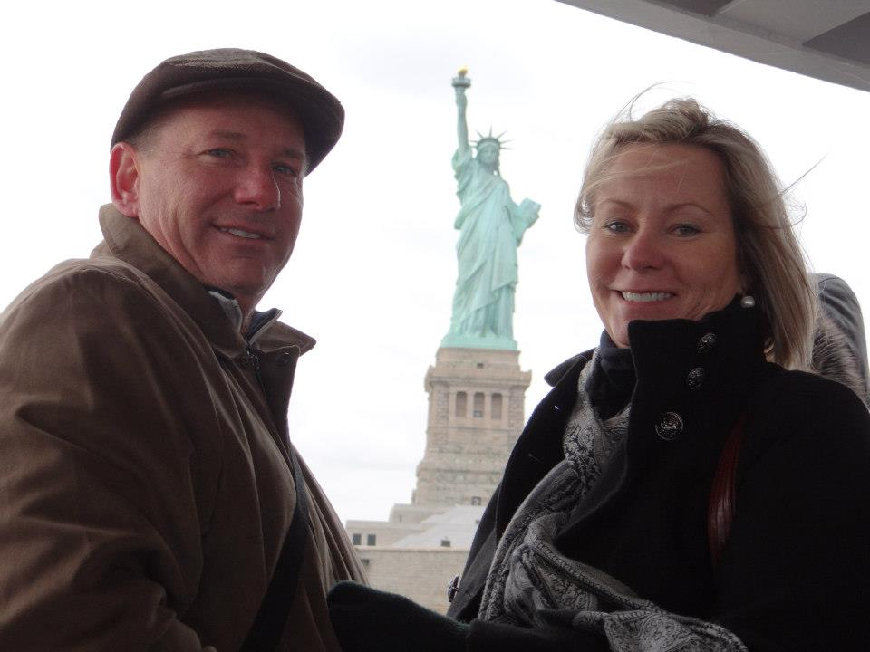mom + dad at the statue of liberty