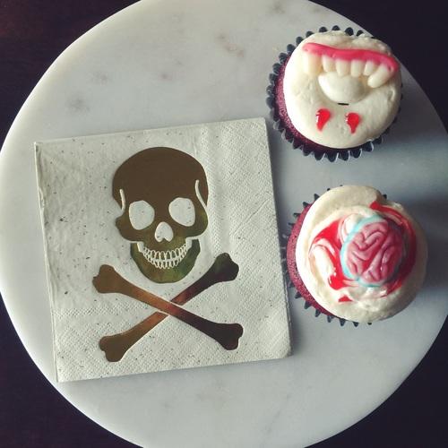 spooky sweet halloween cupcakes -